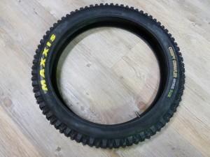 Sale! HR-Reifen Maxxis Creepy Crawler 19 x 2.50