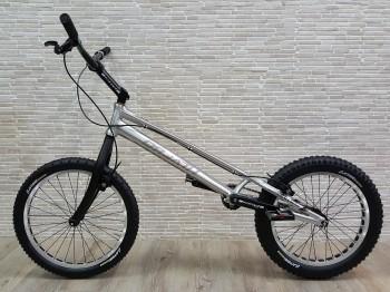 "Trial Bike 20"" Breath Yes HS - silber"