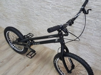 "Trial Bike 20"" Rockman Grover HS33"