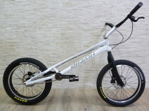 "Trial Bike 20"" Breath Tomorrow disc - weiß"