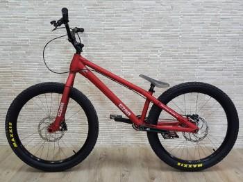 """Bike 24"""" Czar Neuron - rot"""