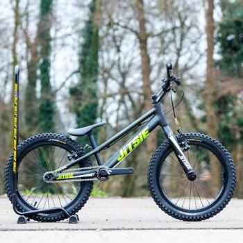 Sattel Jitsie für Varial Bikes