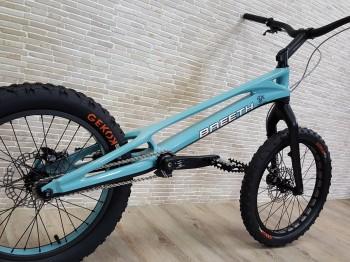"Trial Bike 20"" Breeth Carbon - blau"
