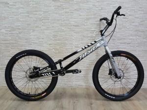 """Trial Bike 24"""" Jitsie Varial Hybrid 1045mm DISC Ltd."""